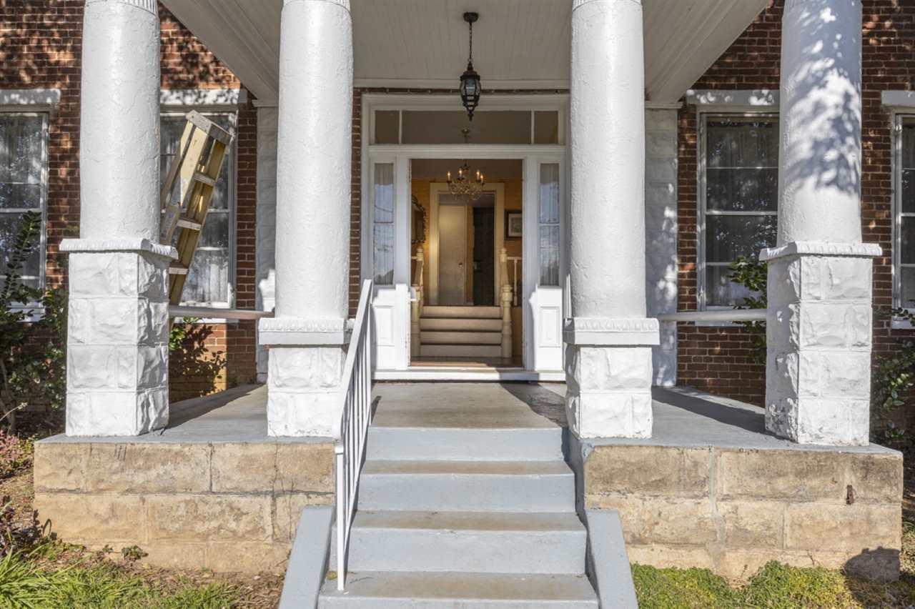 CHARLOTTESVILLE                                                                      , VA - $1,790,000